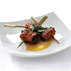 CHORIZO STUFFED MEDJOOL DATE